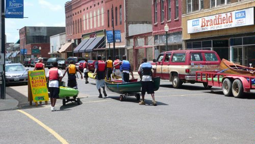 Canoes & Kayaks take over downtown